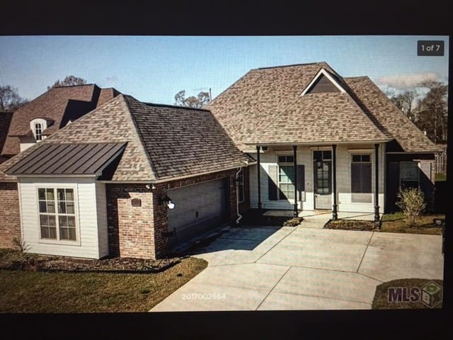 Custom Built Home in Baton Rouge - Zachary - Dom