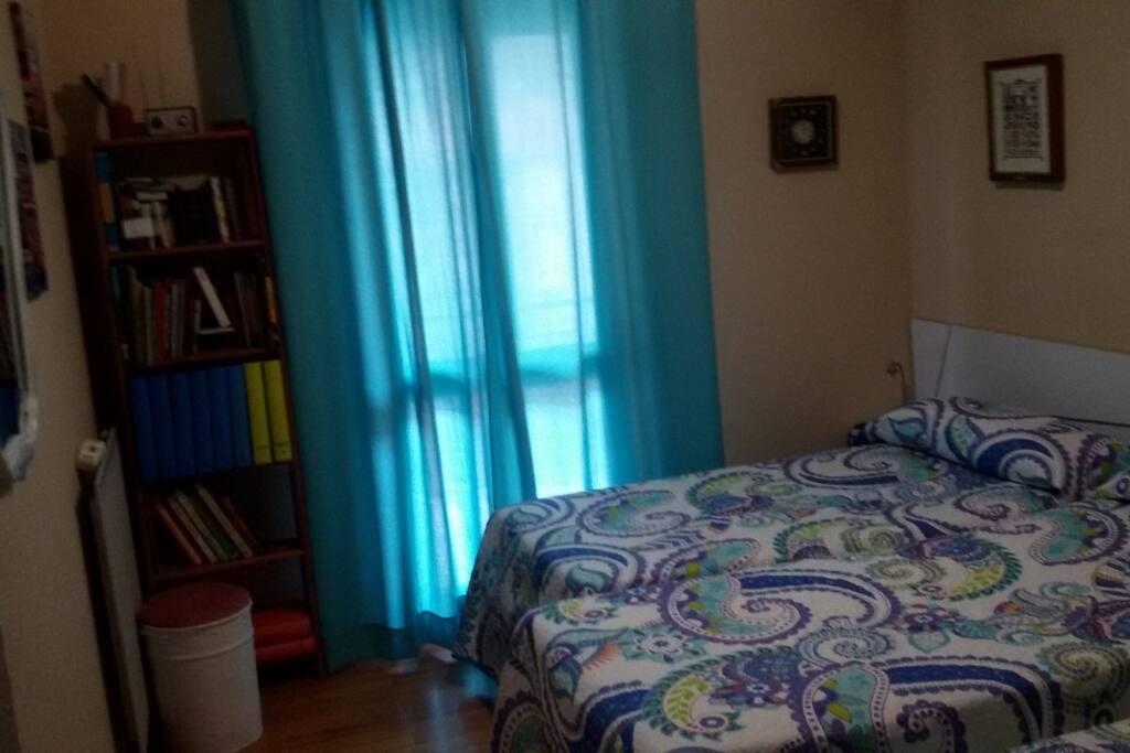 Habitaci n privada 3 camas con desayuno appartements - Habitacion 3 camas ...