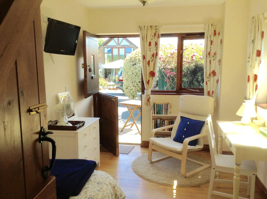 Quiet outlook.....  -  small patio with table & chair, Freeview TV...  Note the stable door.