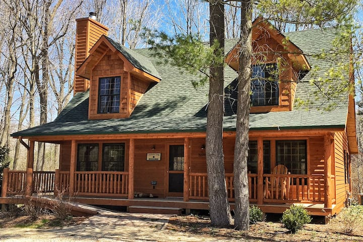 Lonnhuset Lodge Luxury Cabin w/Pool - Saugatuck - Hus