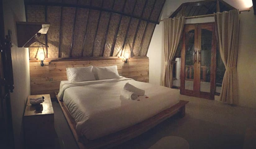 ChillHouse Gili Air Bungalow room 2