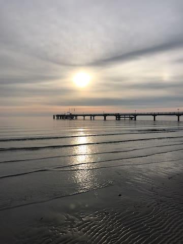 Ferienwohnung  - nur 60 Meter zum Strand !