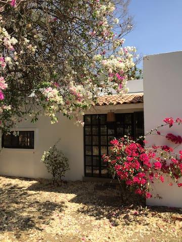 Casa Morelianas - (No tiene alberca)