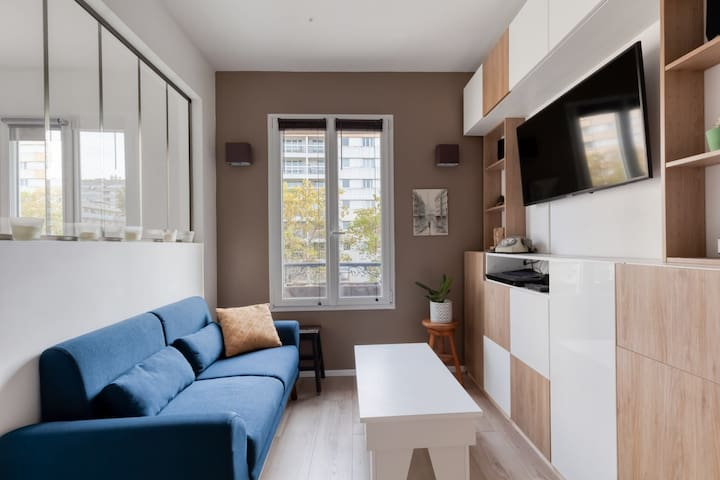 MODERN APARTMENT CLOSE TO THE PLACE OF ITALY IN PARIS - 2 PEOPLE