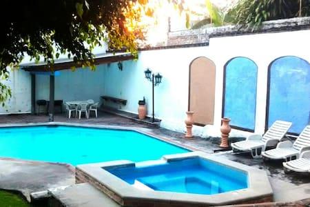 Casa Bugambilia - Tres de Mayo
