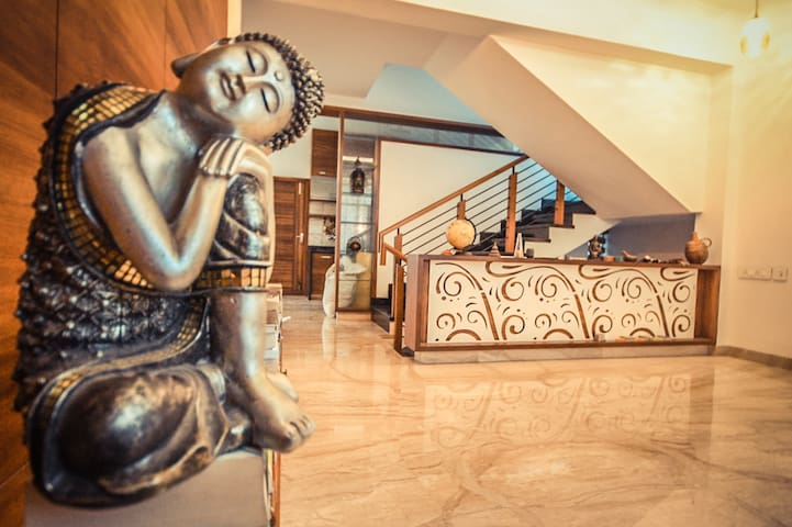 ZEN VILLA IN HEART OF THE CITY - Bangalore - Casa