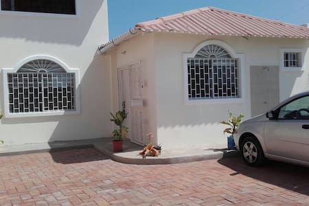 Hermosa y cómoda suite - Punta Blanca - Ev