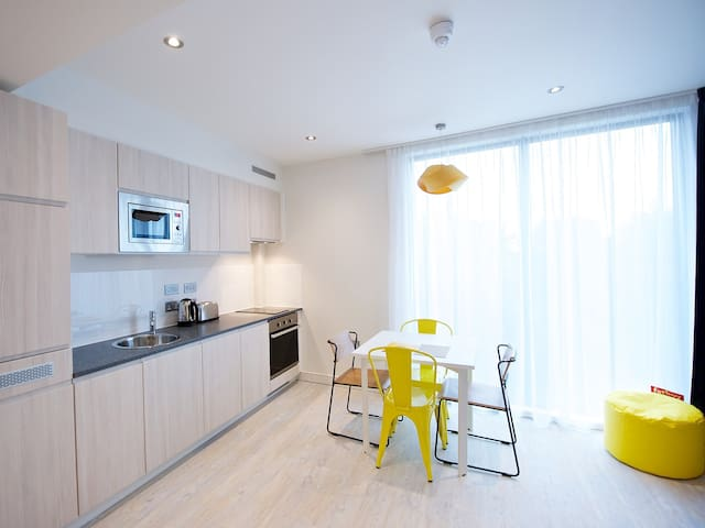 Spacious One Bedroom Apartment - Manchester Piccadilly