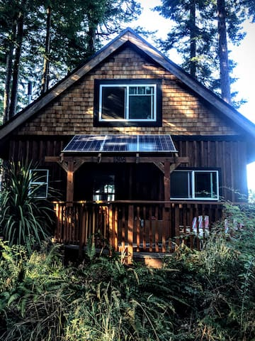 Savary is off the grid so your carbon footprint will be zero.