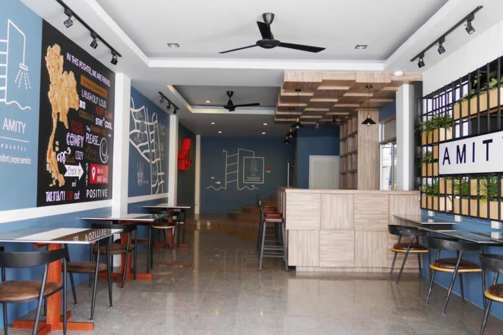 Front Desk & Bar