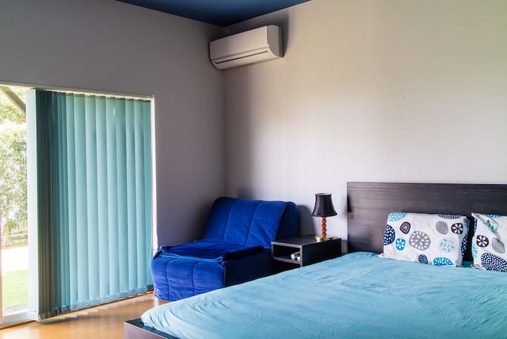 bedroom no. 1 160 x 200 + 90 x 200