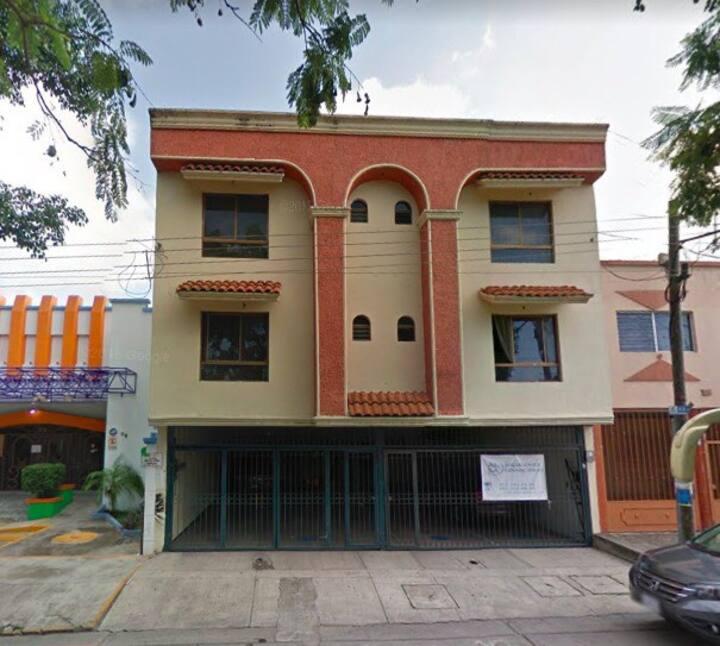 Bonito Departamento Remodelado en Ciudad Del Valle