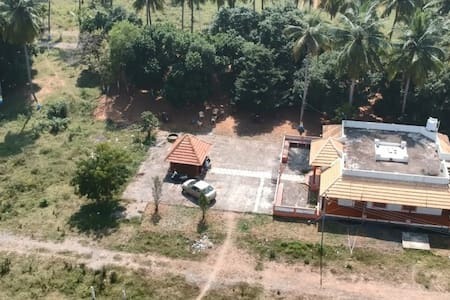 Chettinad Style Farm House near Pondy Toll