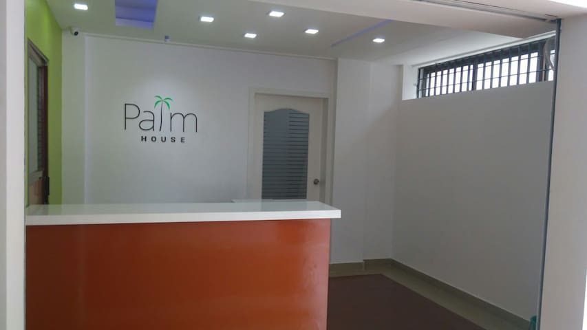 Palm House - 2BD with parking - Ernakulam - Daire