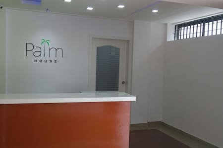 Palm House - 2BD with parking - Ernakulam - Lakás