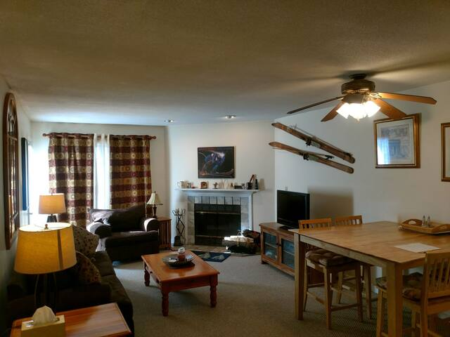 A 2 bdrm - 2 bath Condo at Mount Snow