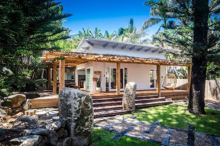 Eternity Beach House | Eco-Luxury Belongil Beach