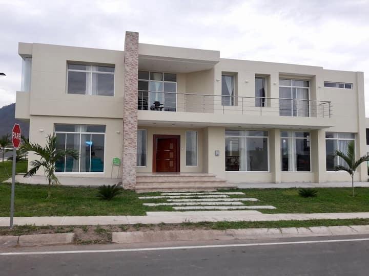 Montecristi casa completa