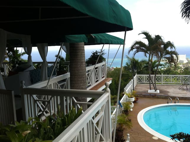 Garden House Panoramic Oceanview Wifi Pool Cable Houses
