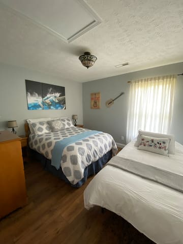 The Music Room features a full size bed and, if requested, a comfortable twin bed.