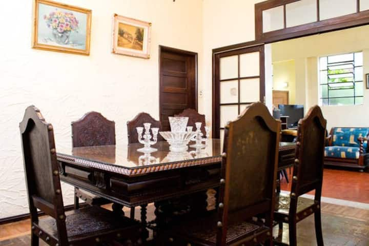 Location Hostel Rents equipped rooms