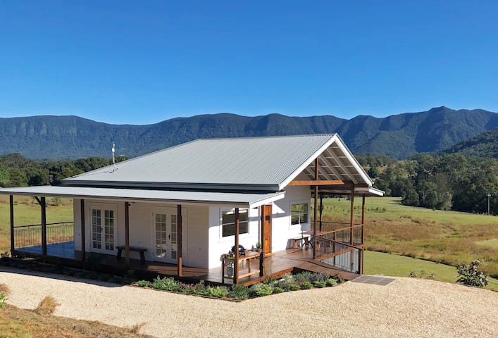 Intimate luxury in the heart of the Tweed Caldera