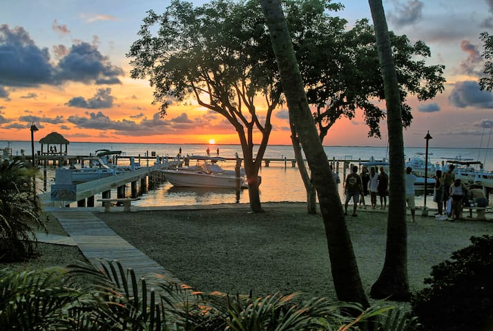 Marina/bay view townhouse in perfect location - Key Largo - Townhouse