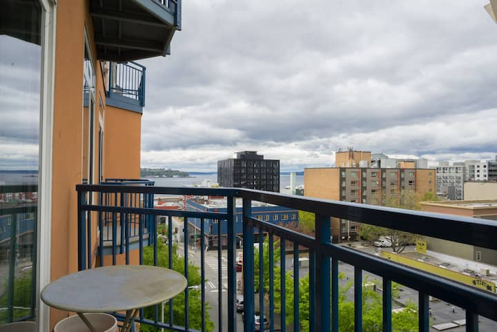 Belltown Pike Pl View 1bdrm  Free Parking Pool Gym
