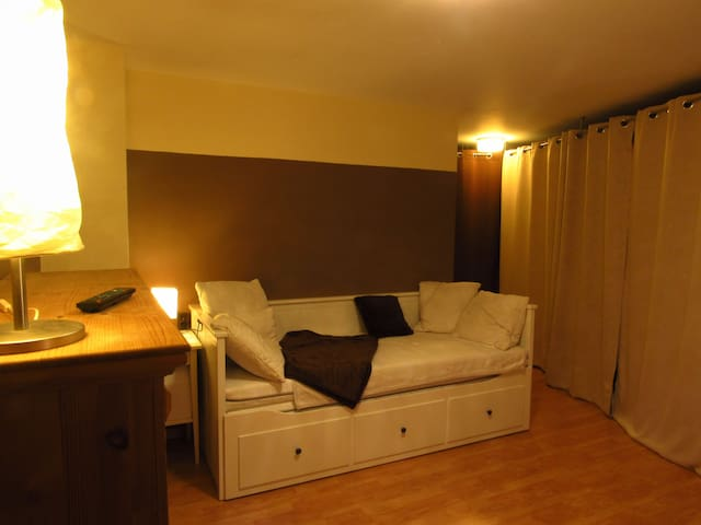 Cozy Guestroom close to Munich - Sauerlach - บ้าน