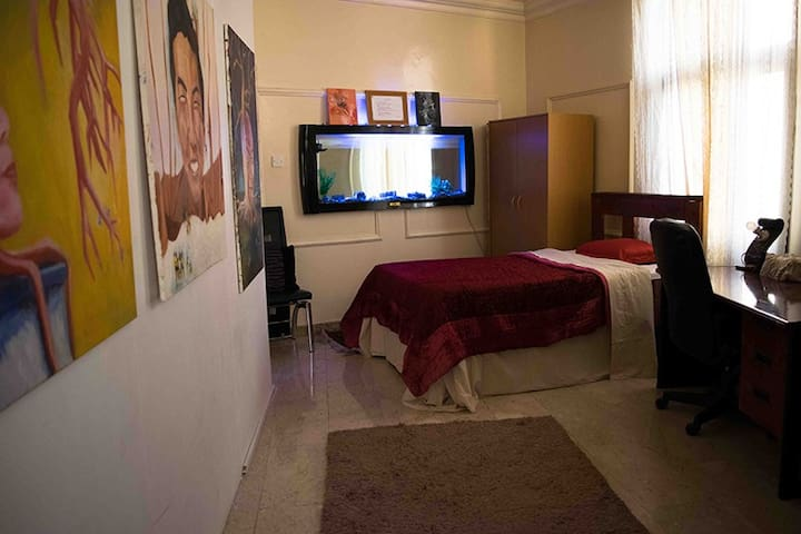 MooJee House(A Double Bed Room)(P2) - Doha