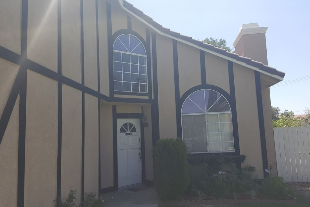 Rooms For Rent Near Cal State San Bernardino
