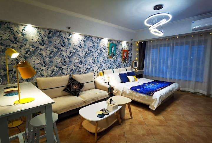 【紫瑜】 东影路地铁口 摩尔城C座 万达广场 火车站 精装 阳光大床公寓