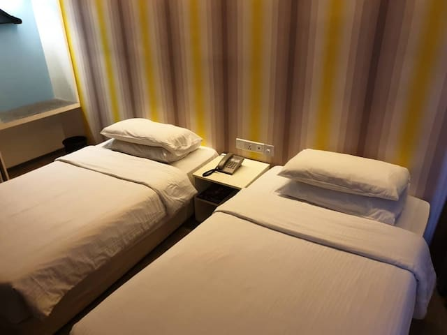 Deluxe Room First World Hotel 二人房