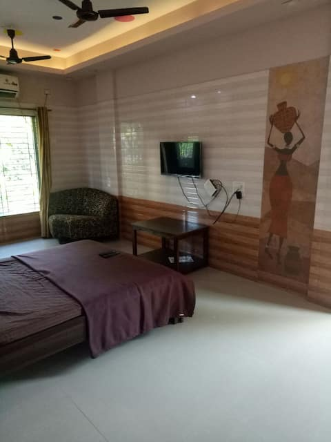 109,lotus rooms, spacious space at the center