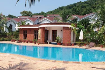 Cozy apt. in a residential resort near club cubana - Lakás