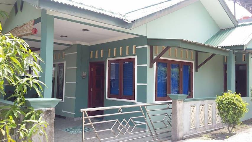rumah tunggal dekat bandara dan pusat bisnis - Tanjungpinang Timur - Casa