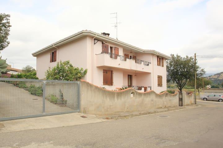 Villa Armoniosa Irgoli, Ampio Appartamento - Irgoli - Byt