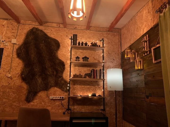 Kubrik Glamping (treehouse)
