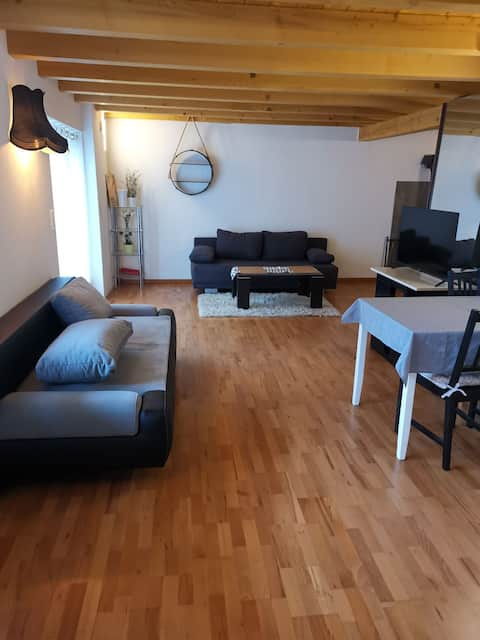 Quiet detached apartment on the ground floor with small terrace