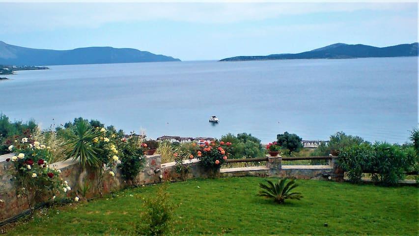 Dilisos Bay