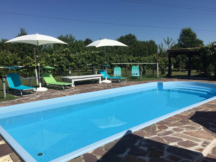 FLAT LUCIA - 2 Bedrooms and Swimming Pool