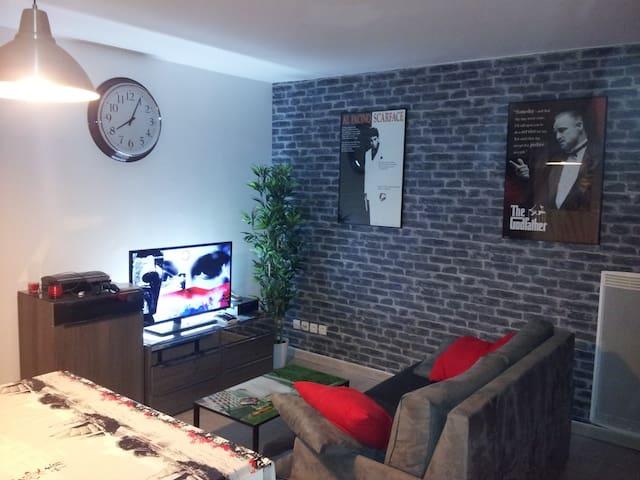 Beau T2 dans résidence récente et calme - Marseille - Appartement