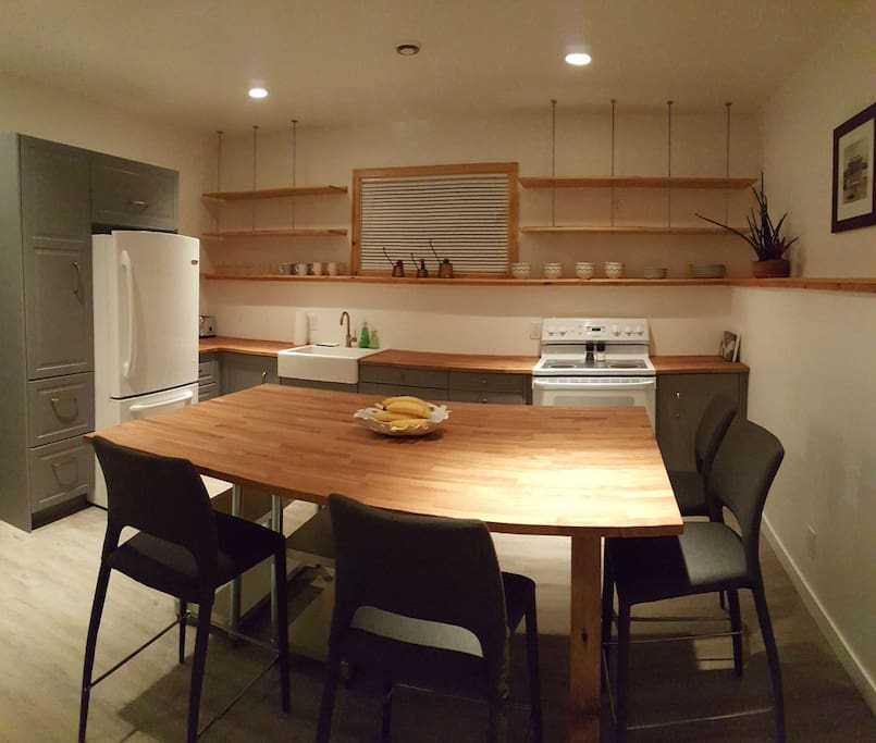 Large kitchen with lots of counter space for someone who loves cooking and baking