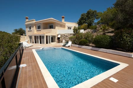 Villa with fantastic views - Santa Bárbara de Nexe - Villa