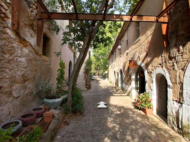 Accommodated well, visit the most beautiful sites - Clermont-l'Hérault - Apartament
