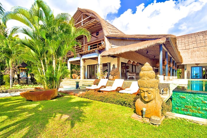 "Villa Buddha,  ""The most beautiful Villa of Bali"". - Seririt - Villa"