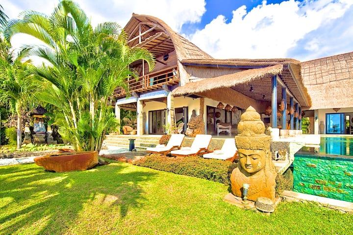 """Villa Buddha  """"The most beautiful Villa of Bali""""."""
