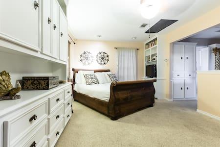 Lakewood Private BD/BA/Study - Dallas - Dům