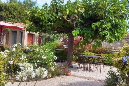 Ma cabane au fond du jardin - Villeneuve-lès-Avignon - Chalet