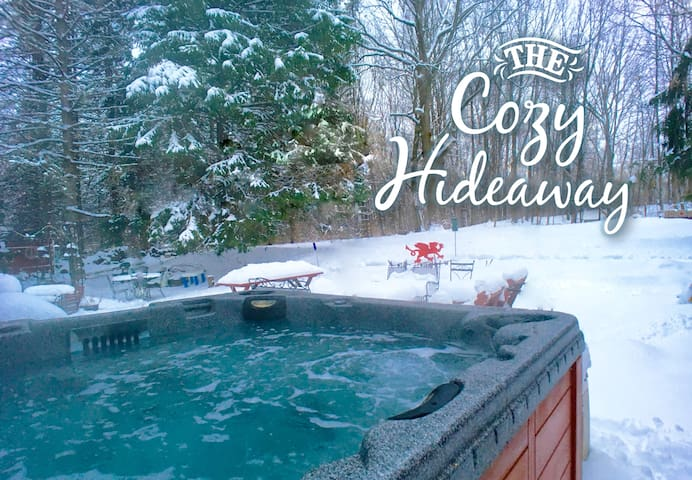 Peaceful Hot Tub Relaxation Near RIT, UR & Airport
